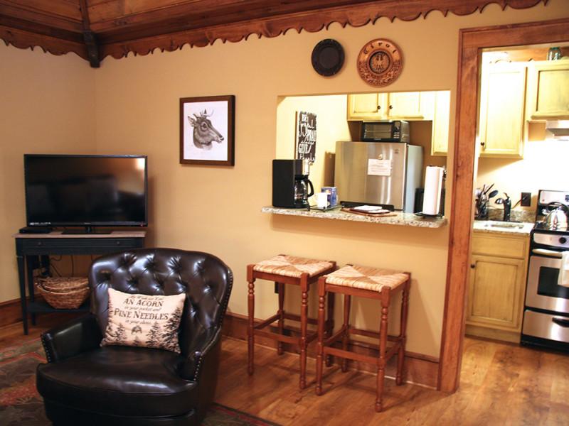 Laurel Black Bear Lodge Of Sapphire